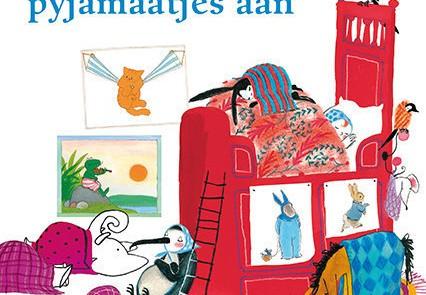 Recensie: Kleertjes uit, pyjamaatjes aan – Het boordevolle boek voor baby's en peuters